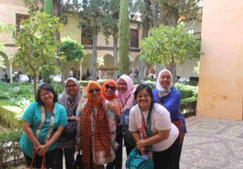 Alhambra Gardens Tour for Muslim Travelers Granada