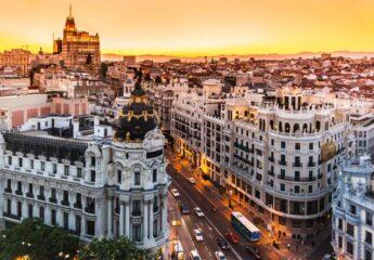 Cibeles corner Madrid Tour - Muslim Travelers - Ilimtour