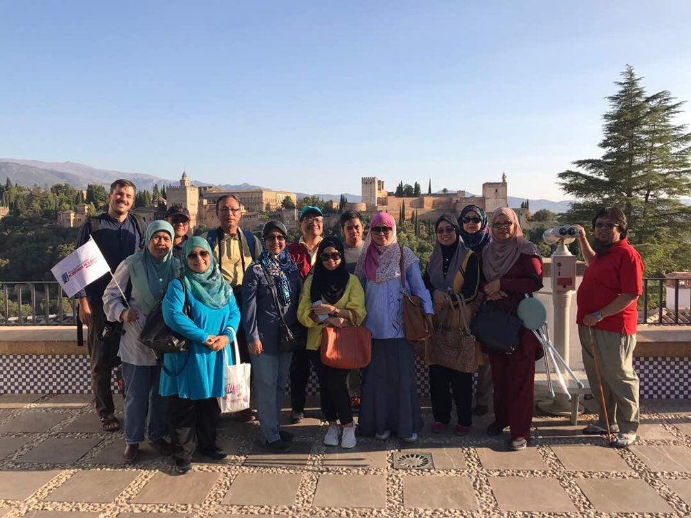 San Nicolas Viewpoint Granada Andalusia Muslim Tour - ilimtour travels Spain.jpg