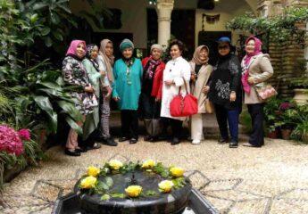 Beautiful garden Andalusia Tour for Muslim Travelers - Ilimtour