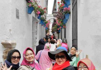 Walking Andalusia Tour for Muslim Travelers - Ilimtour