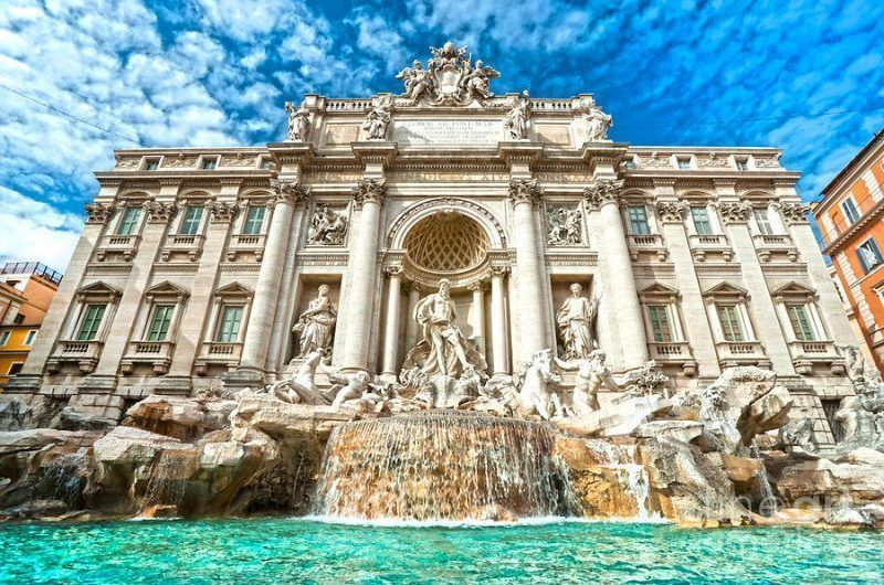 Trevi Fountain Rome Tour - Muslim Travelers - ilimtour