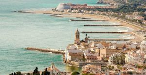 Sitges Costa Brava Barcelona Tour for Muslim Travelers